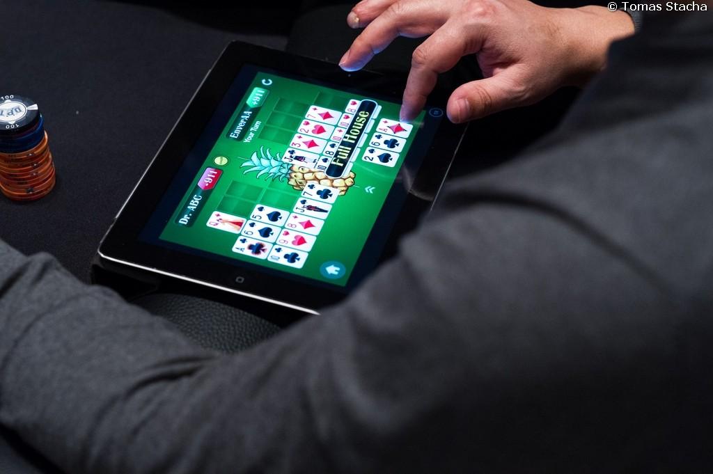 poker website fast